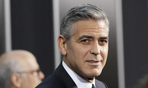 Клуни си търси любовно гнездо и във Франция
