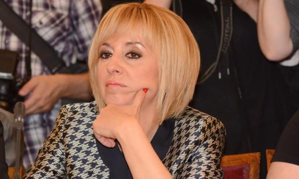 Цачева и Манолова: Изборите да са в края на септември