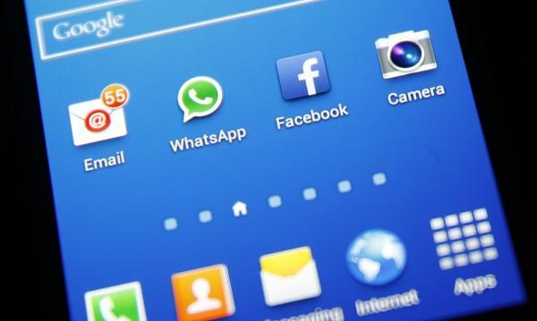 "Facebook ""случайно"" пусна конкурент на Snapchat"
