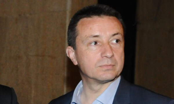 Стоилов хвърли оставка като зам.-шеф на ПГ на левицата