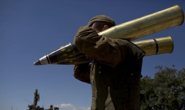 Израел извърши въздушни удари срещу сирийски позиции