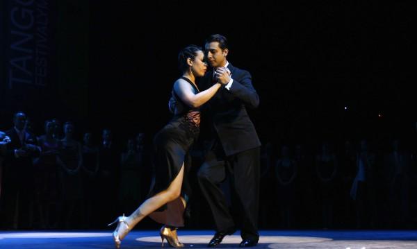 Предимства на връзката с танцьор