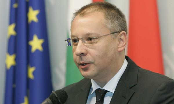 Станишев отива в ЕП заради новата ситуация след евровота