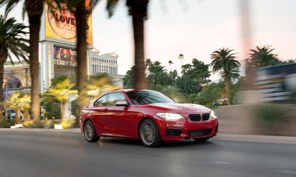 BMW M235i се оказа по-добро от Carrera S и Corvette