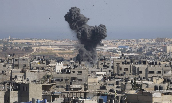 Израел засили офанзивата си в Ивицата Газа