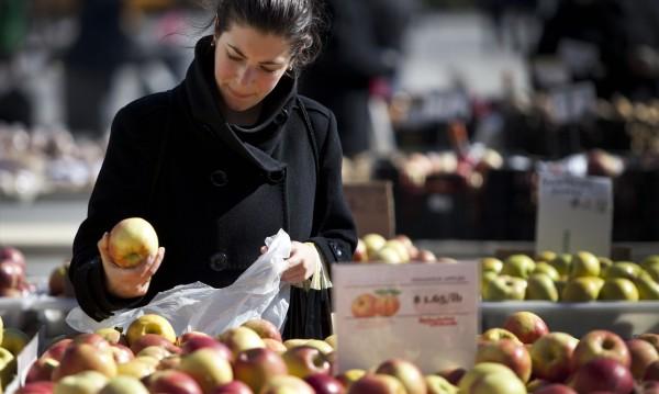Консумацията на ябълки увеличава удоволствието от секса