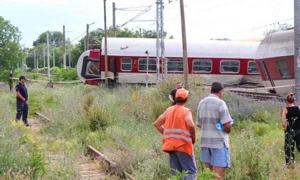 Влаковете край Калояновец няма да бъдат пуснати скоро