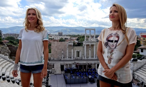Алекс Раева и Мария Игнатова в ролята на братя Аргирови