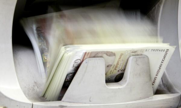 Ремонтът на бюджета на НЗОК мина на комисии, на държавата - не