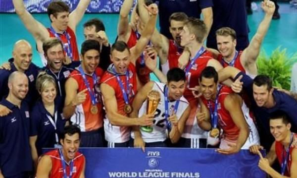 САЩ удари Бразилия във финала на Световната лига по волейбол