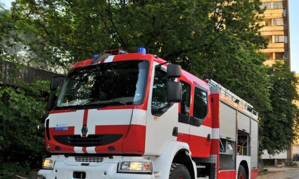 Половин тон зърно е изгорял при пожар в село Кортен