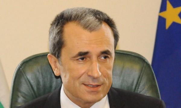 Кабинетът раздаде пари на министерствата преди оставката