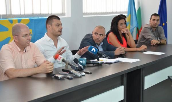България без цензура расте въпреки напускането на ВМРО