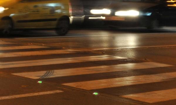 В Ловеч монтират светодиоди на пешеходните пътеки