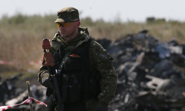 НАТО преброи над 12 000 руски войски и оръжия до Украйна