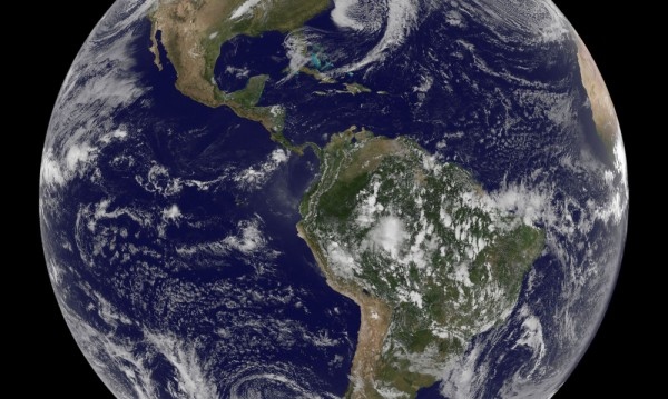 """Съставиха карта на Земята, подложена на астероиден """"обстрел"""" в древността"""