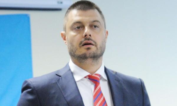 Бареков поиска член на ЦИК от квотата на ББЦ