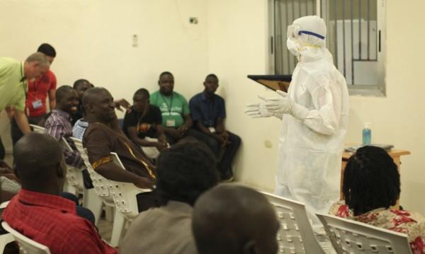 Разпространението на вируса Ебола е излязло извън контрол