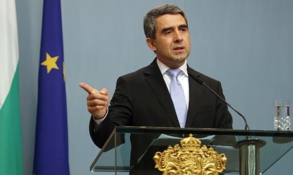 Бездействието при криза е недопустимо, заяви Плевнелиев