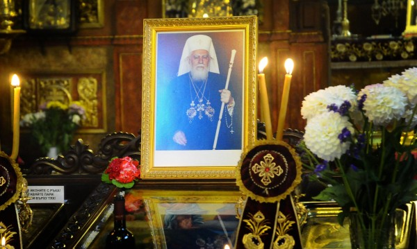 Ще издигнат паметник на патриарх Максим в Орешак