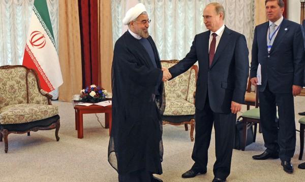 Отговор на санкциите: сделка Русия - Иран за много милиарди