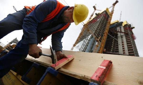 Трудовата инспекция проверява извънредно строителни фирми