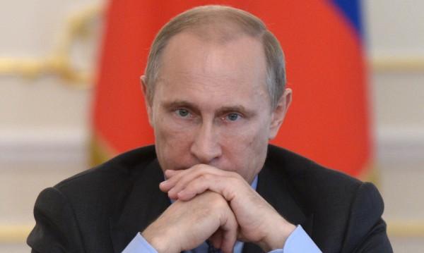 Докато Украйна печели, Путин готви Русия за нахлуване