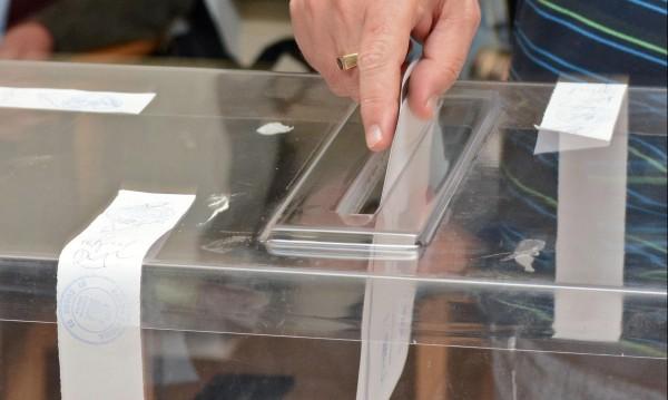 Куп институции бдят за честността на вота, но гаранции – никакви