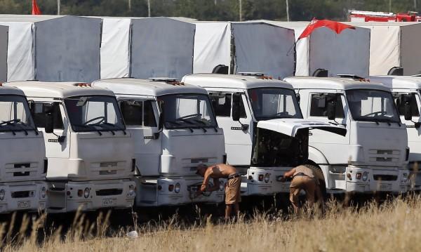 Украйна призна руските камиони за хуманитарна помощ