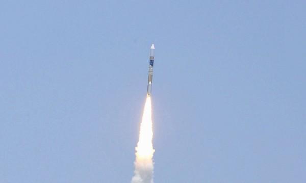 Роскосмос разработва група спътници за наблюдение на земната повърхност