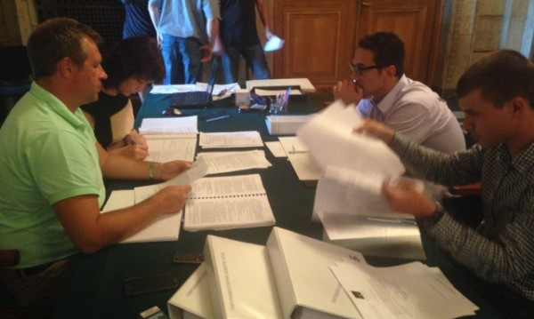 Реформаторите се регистрираха в ЦИК за предсрочния вот