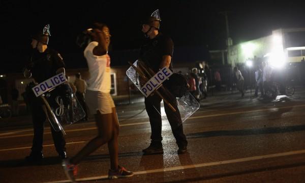 Полицаи застреляха цветнокож в Сейнт Луис
