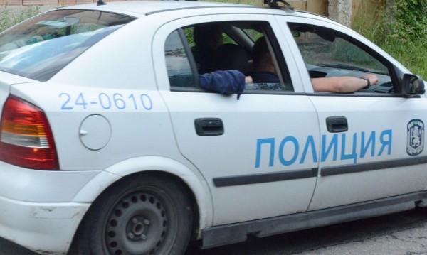 Полицията разследва кражба на 5400 евро