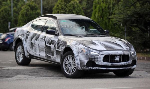 Maserati тества кросовъра Levante