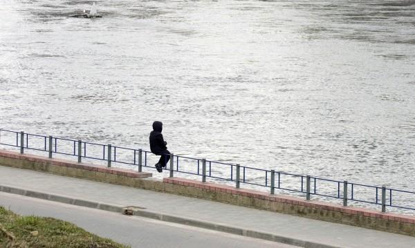 16 българи на ден опитват да сложат край на живота си