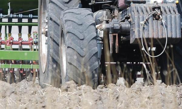 Обезщетяват фермерите с унищожени площи с 4.4 млн. лв.