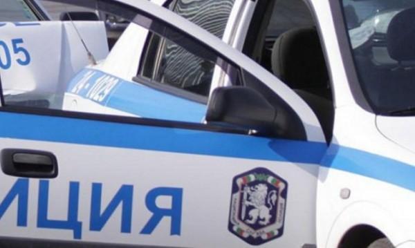 Нападнаха журналист и оператор от TV7