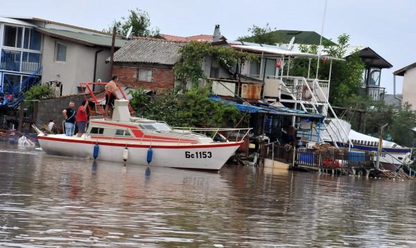 Прокуратурата погва институции заради наводненията