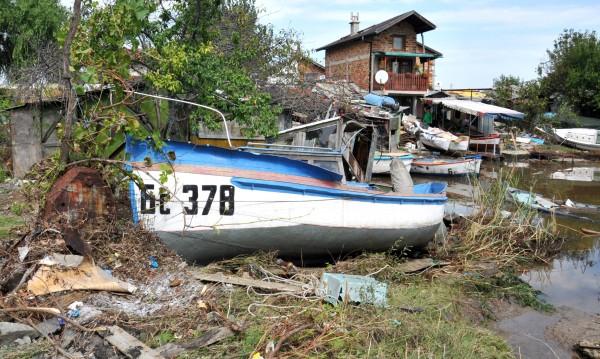 Бургас нямал водолази, които да прати на помощ в потопа