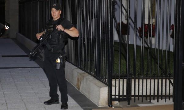 Сикрет Сървиз на нокти заради сигурността в Белия дом