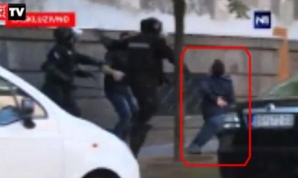 Сръбската жандармерия преби брата на премиера Вучич
