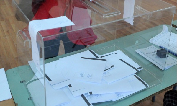 Медии искат социологически проучвания и в деня на изборите