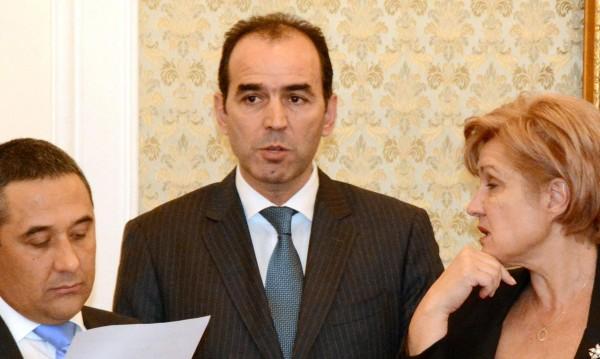 Искров дава оставка след решение по казуса КТБ