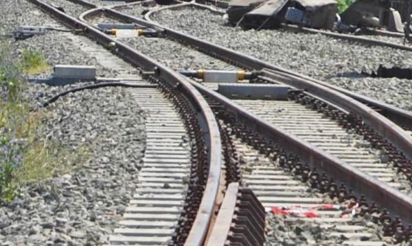 Камион прекъсна движението на влаковете в района на Кочериново