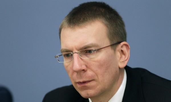 Латвийският външен министър обяви в Туитър, че е гей