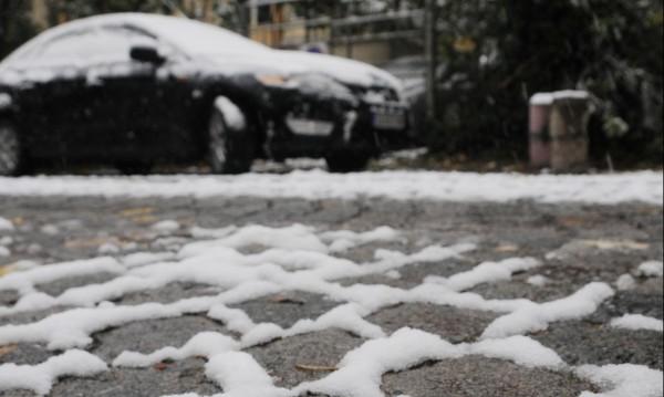 Опасните участъци в София са обработени срещу заледяване