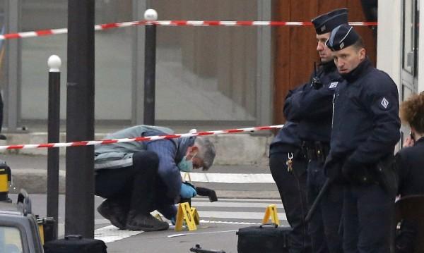 Премиерът на Франция: Има грешки в работата на спецслужбите