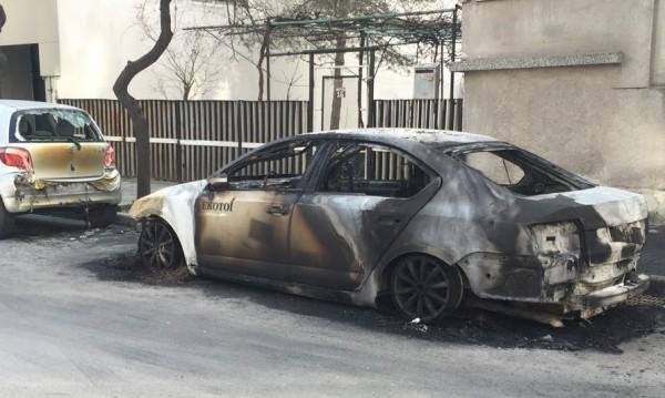 Запалиха служебна кола на фирма за химически тоалетни в Пловдив