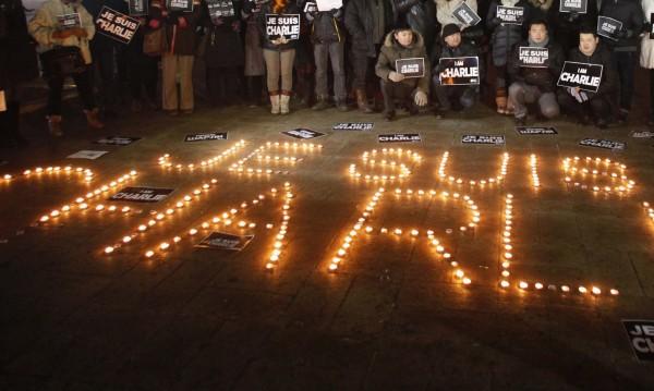 """Би Би Си: Пет въпроса, които поставя трагедията с """"Шарли ебдо"""""""