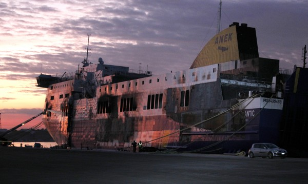 "Пожарът на ферибота ""Норман Атлантик"" не започнал от гаража"